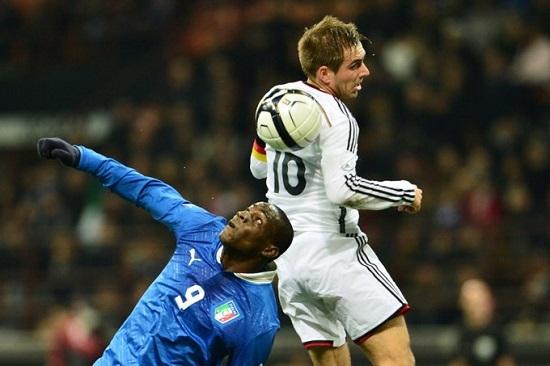 Hậu vệ trái Philipp Lahm của tuyển Đức chơi rất chắc chắn.