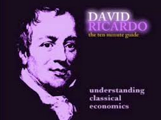 Teori Keunggulan Komparatif (comparative advantage) David Ricardo