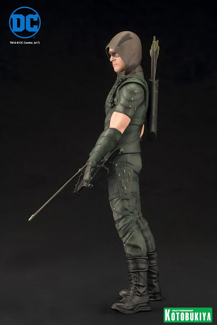 osw.zone Kotobukiya 1 / 10. Scale Stephen Amell as Oliver Queen / Green Arrow from ARROW TV Series