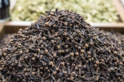 Cloves, Herbal Plant, cloves benefits, cloves nutrition, cloves health benefits, cloves uses,