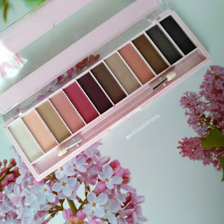 RİVALDELOOP YOUNG XXL ROSE EYESHADOWS PALETTE