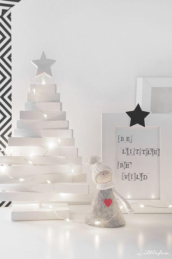 Decoración de Navidad en blanco y negro estilo noruego