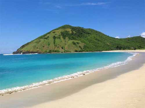Pantai Kuta Lombok | Wonderful Indonesia