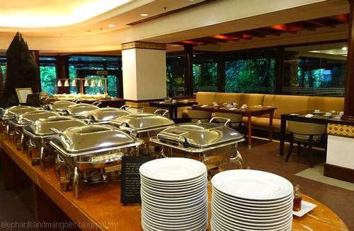 Omelette Bar Restaurant Ucf