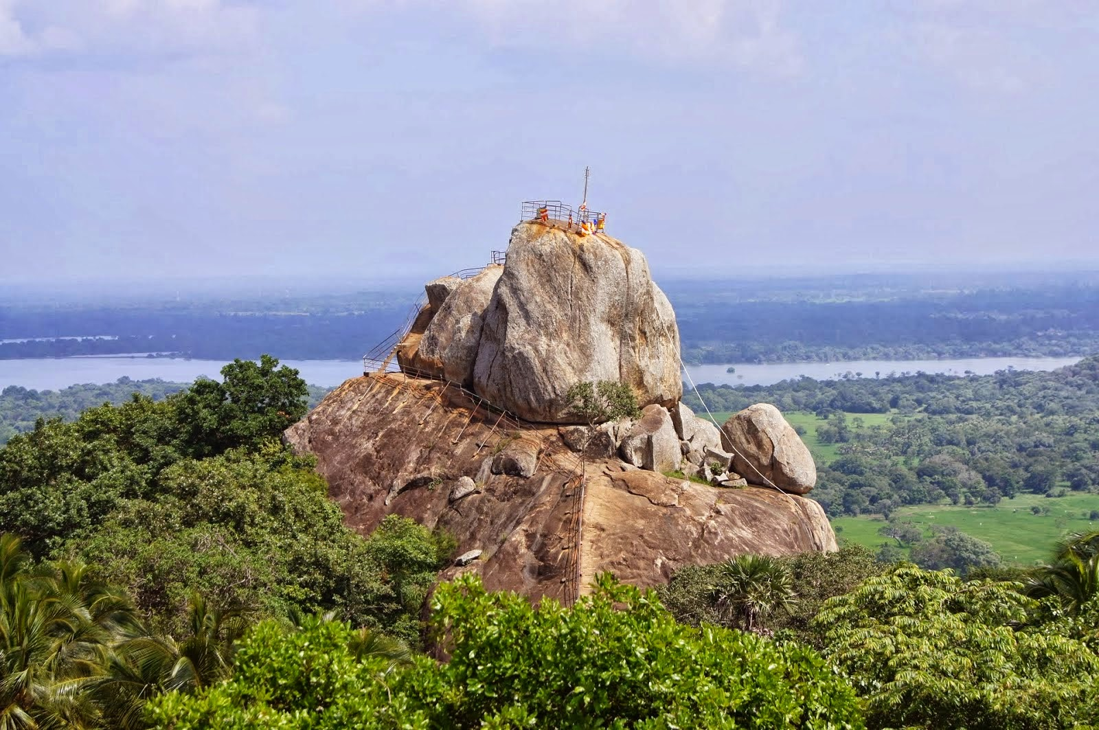 MIHINTALE CITY. 10 Places Not to Miss in Srilanka