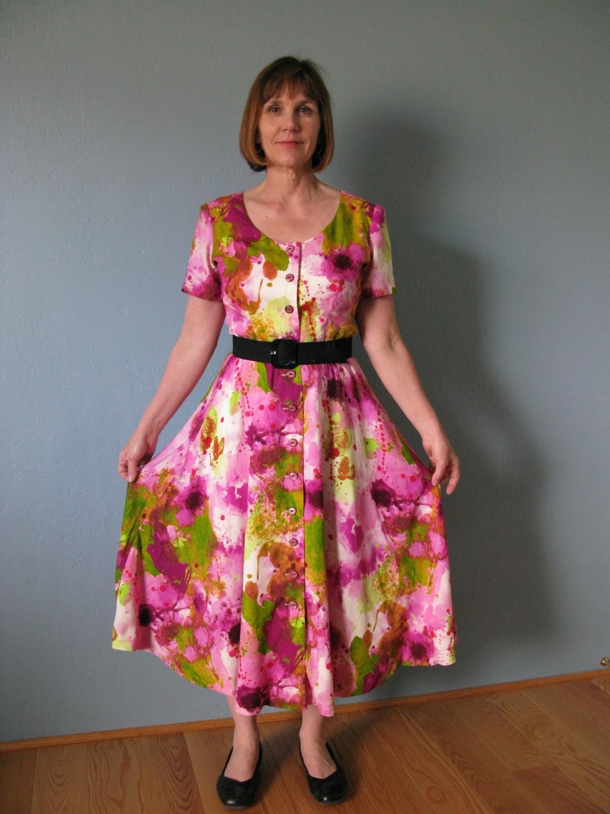 af56f943a60 Retro Sewing Romance Writer  80s Summer Dress!