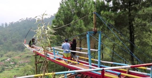 Goa Pinus Batu Malang Jawa Timur