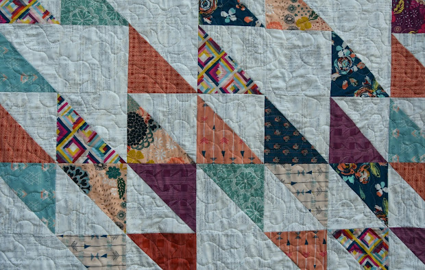 Meadow Mist Design Blithe Quilt With Fat Quarter
