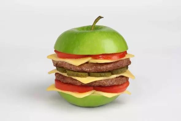 Martin Roller fotografia surreal sem photoshop objetos híbridos comida