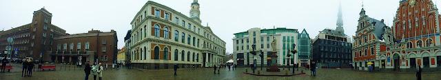 Panorámica Plaza del Ayuntamiento (@mibaulviajero)