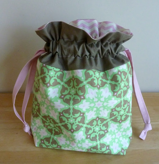 alidiza: Lining Up - Amy Butler Lined Drawstring Bag