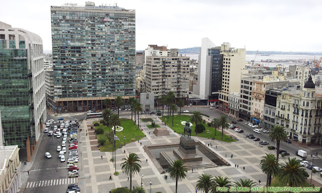 Praça Independência vista do alto do Palácio Salvo
