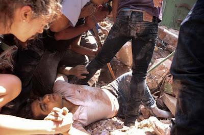 Mexicanos intensifican las labores de rescate