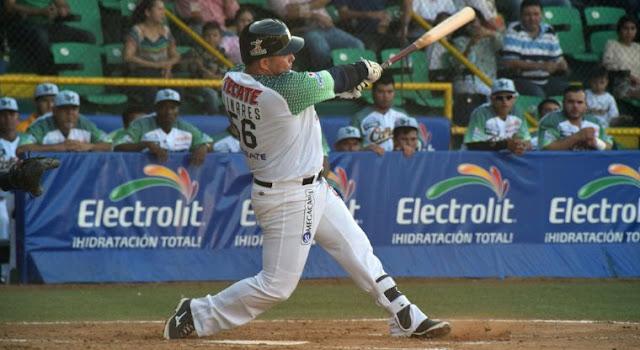 El beisbol invernal mexicano no es desconocido para Linares ya que se encuentra en su tercera campaña después de su debut en 2014