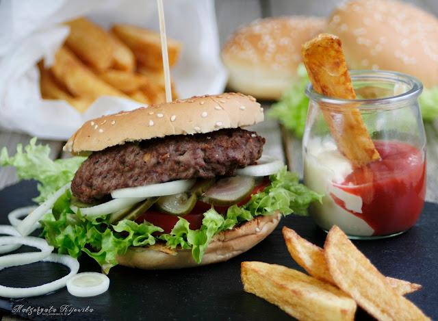 jak zrobić domowego hamburgera?, idelane frytki, jak upiec frytki takie jak macu, jak zrobić frytki jak mc donaldzie?, daylicooking, domowy fast food