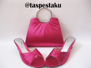 Tas Pesta dan Sepatu Polos Warna Fanta Pink Tanpa Aksesoris
