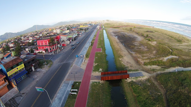 Verão 2016/2017 com novos espaços de  lazer, esportes e turismo na orla requalificada na Ilha Comprida