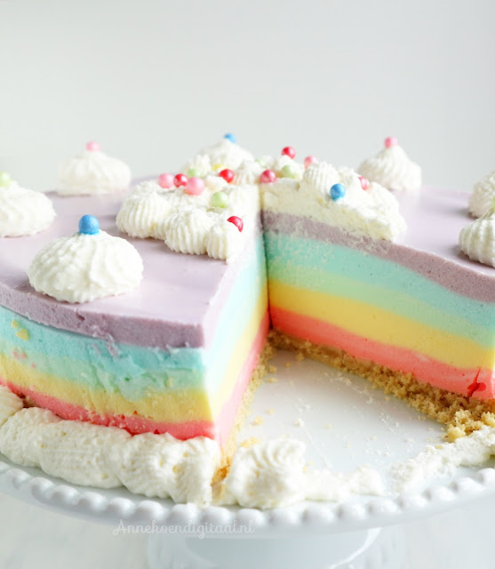 regenboog kwarktaart, droetker kwarktaart recept, regenboog kwarktaart, kwarktaart regenboog, regenboog traktatie, traktatie regenboog