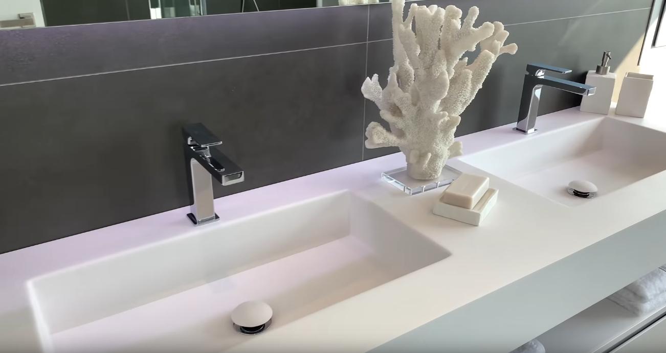 25 Photos vs. Brand New Modern Luxury Villa in Marbella, Spain | Villa Tour | What does €1.5m gets you in Marbella - Luxury Home & Interior Design Tour