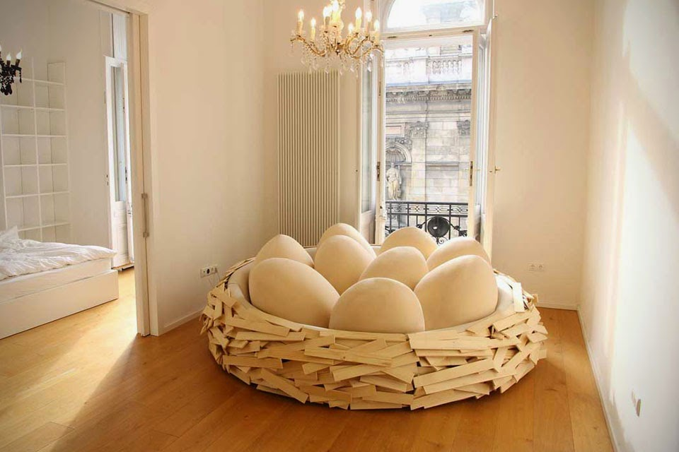 Cama con huevos
