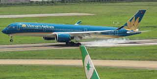 Máy bay Vietnam Airlines - Đại lý vé máy bay đi Nha Trang quận Tân Phú