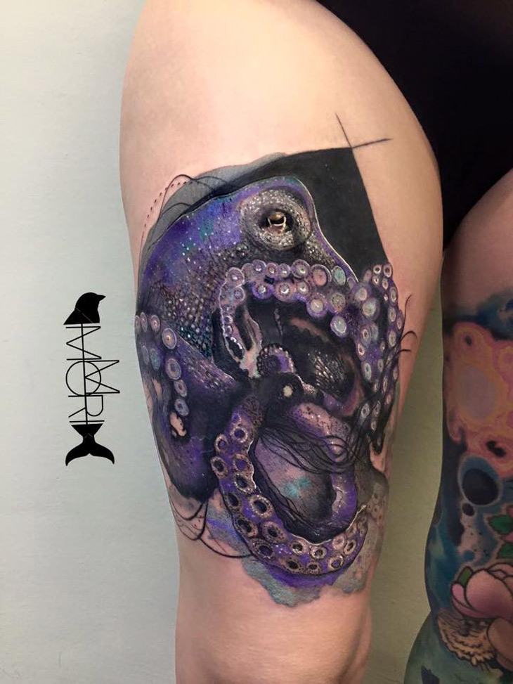 Realistic Octopus Tattoo On Girl Thigh