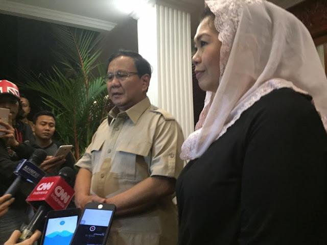 Prabowo Hormati Pilihan Politik Yenny Wahid