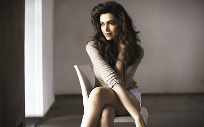 deepika-padukone-actress-model-girl-wallpaper