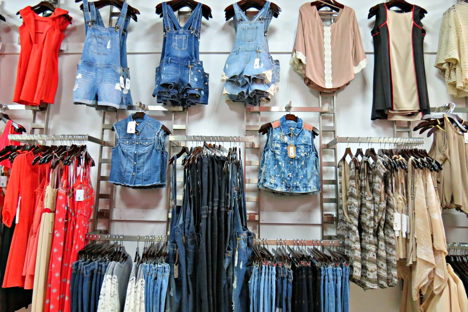 Womens cheap clothing stores