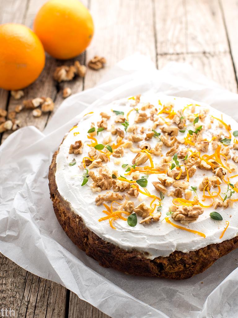 Ciasto marchewkowe pomarańczowo-tymiankowe wegańskie, bezglutenowe, bez cukru roślinna kuchnia blog kulinarny