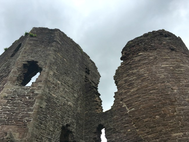 Abergavenny-castle-ruined-towers