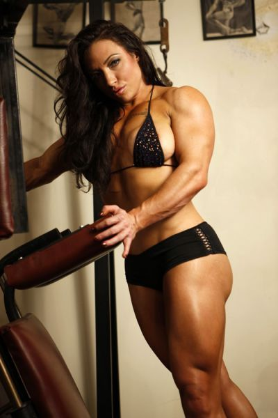 Girls bodybuilding This gal has an amazing biceps