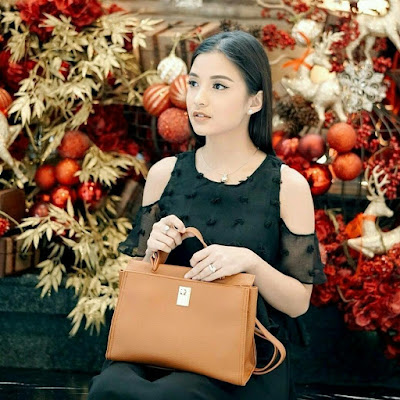 Chelsea Olivia JH Adele Bag