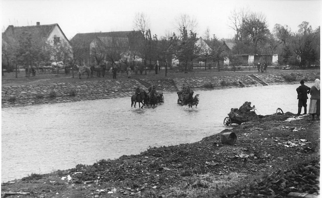 Переход реки Любина в мае 1945 года
