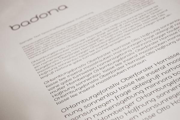 Badona Typeface