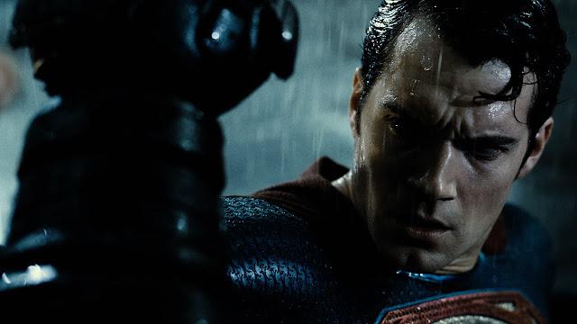 superman peleando contra batman