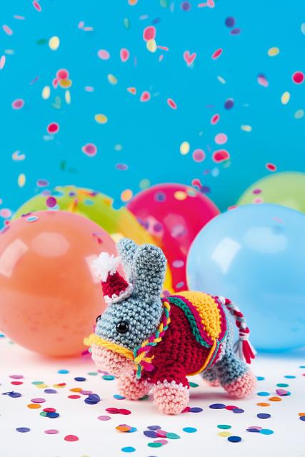 Donkey and Horse Amigrurumi Free Crochet Patterns | 640x427