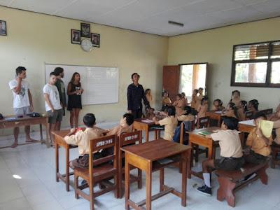Las clases con los niños y niñas fueron las experiencias más gratificantes.