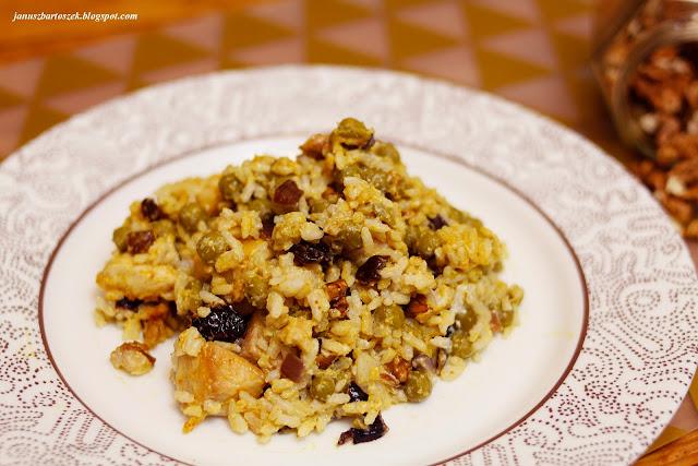 ryż z jogurtem naturalnym i curry