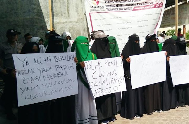 Jihar News,Di Lhokseumawe, Warga Minta Pasangan Jokowi - Ma'ruf Didiskualifikasi