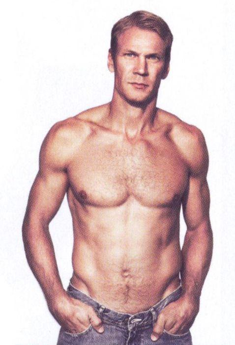 Erik karlsson shirtless