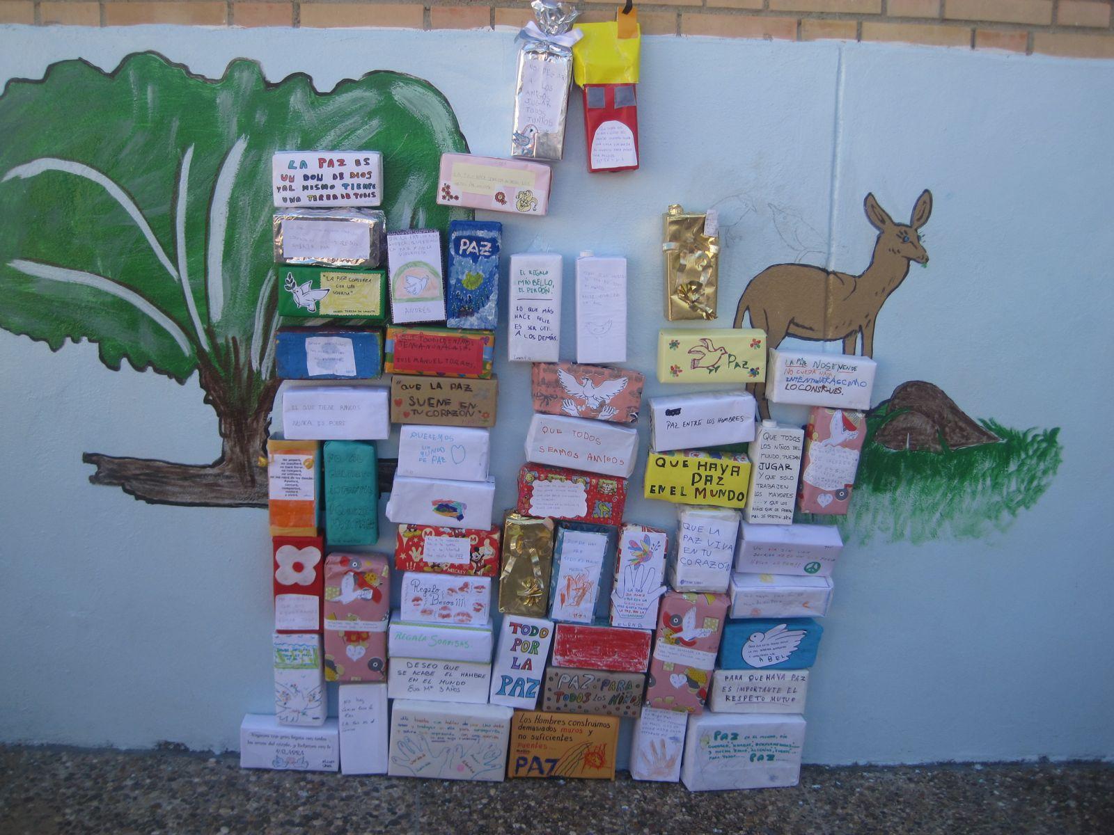 Colegio Cervantes De El Pedroso Día De La Paz 1ª Entrega El Muro De La Paz