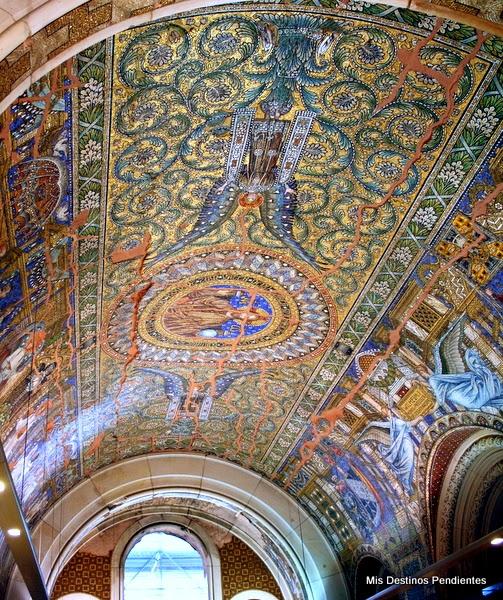 Mosaicos en la Kaisers Wilhelm Gedächtnis-Kirche (Berlín, Alemania)