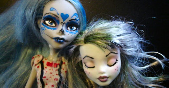 Covered In Crafts Monster High Doll Re Paint