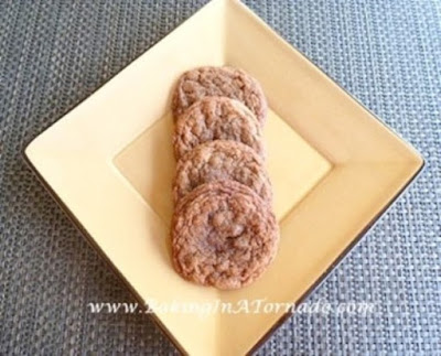 Cinnamon Ginger Cookies | www.BakingInATornado.com | #recipe