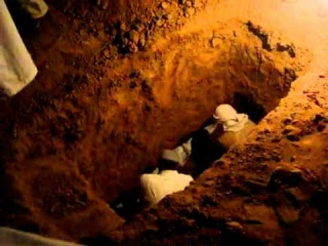 وضعوا كاميرات داخل قبر لكي يثبتوا ان عذاب القبر مجرد خرافات لاكن ما حدث كان كارثه
