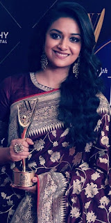 Keerthy Suresh in Saree with Cute and Lovely Smile with JFW Award