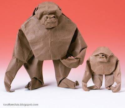 Gorila de papel con bolsa de lunch una Manualidad con material reciclado