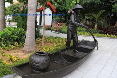 Sculpture, Sampan woman, Ap Lei Chau, hong kong