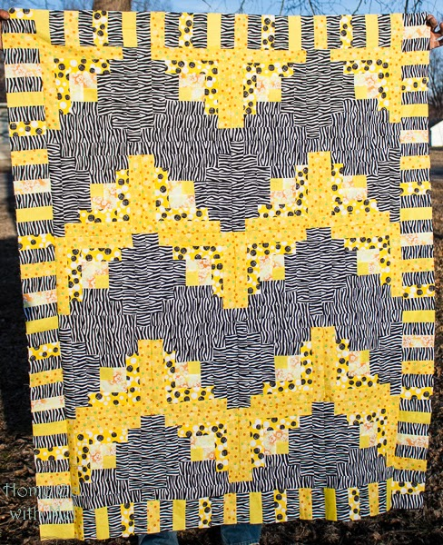 Chevron Log Cabin Quilt with piano key border